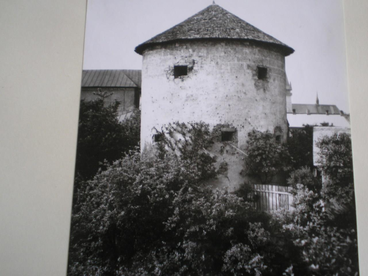 Bardejovské mestské opevnenie na historickej fotografii