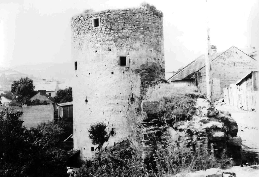 Veľká bašta – stav pred obnovou 1956-1958