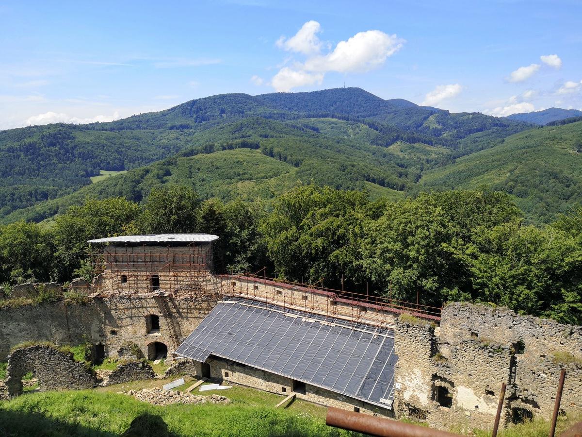 Zrúcanina hradu Zborov