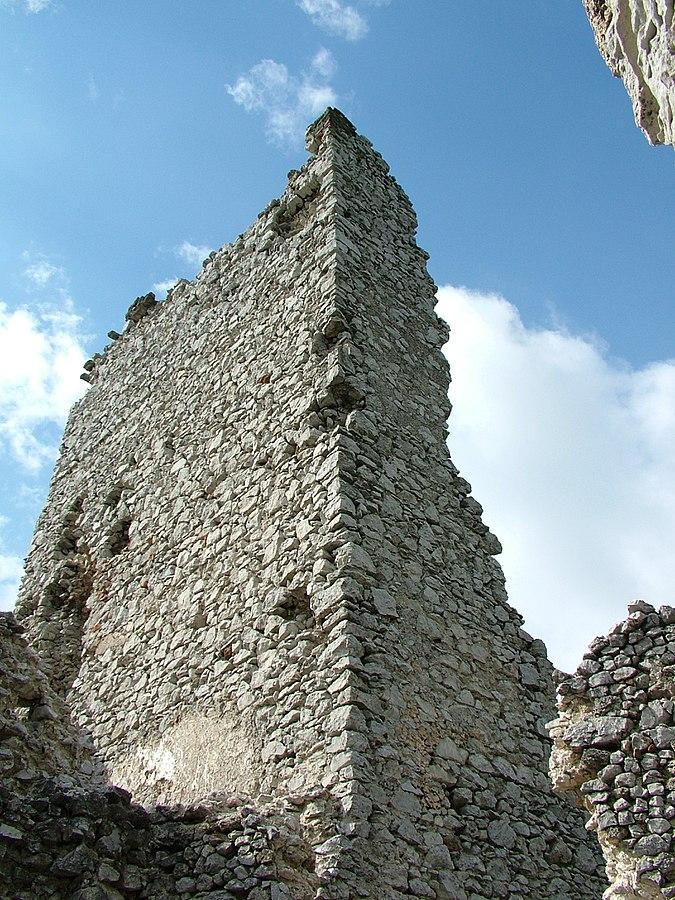 Veža tematínskeho hradu