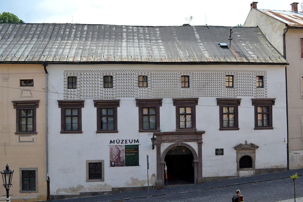 Budova Kammerhof/ Komorský dvor.