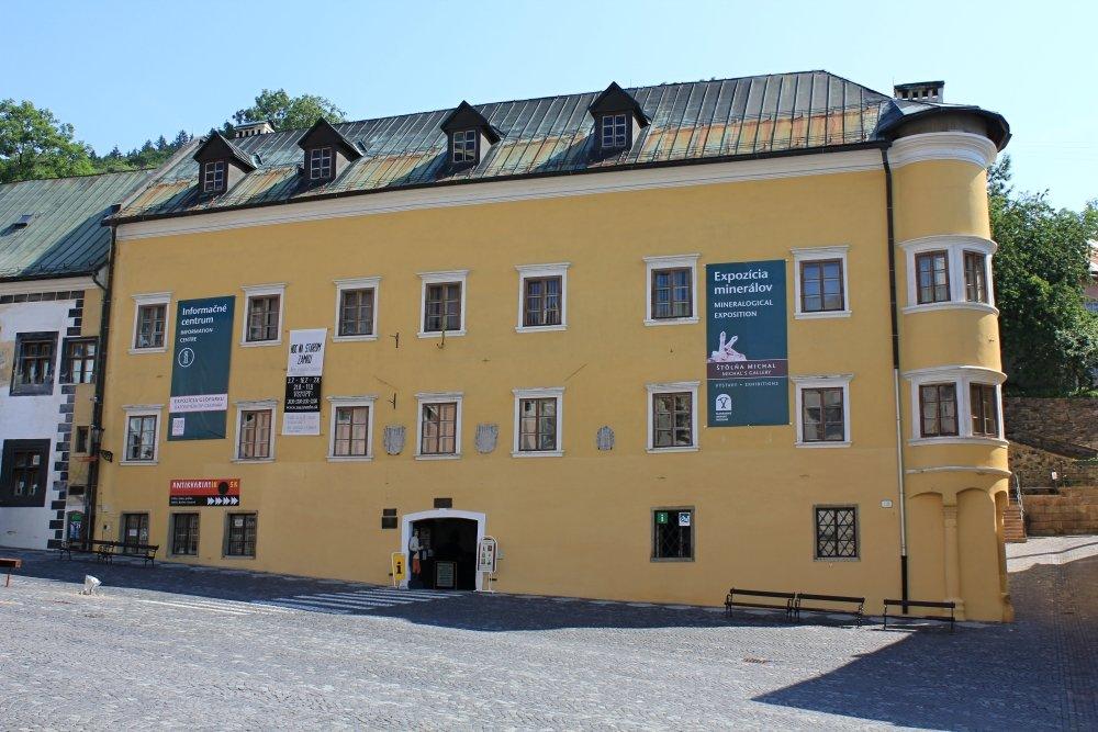Berggericht, sídlo mineralogickej expozície