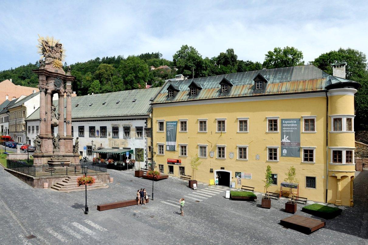 Banícke múzeum/Berggericht - sídlo expozície mineralógie