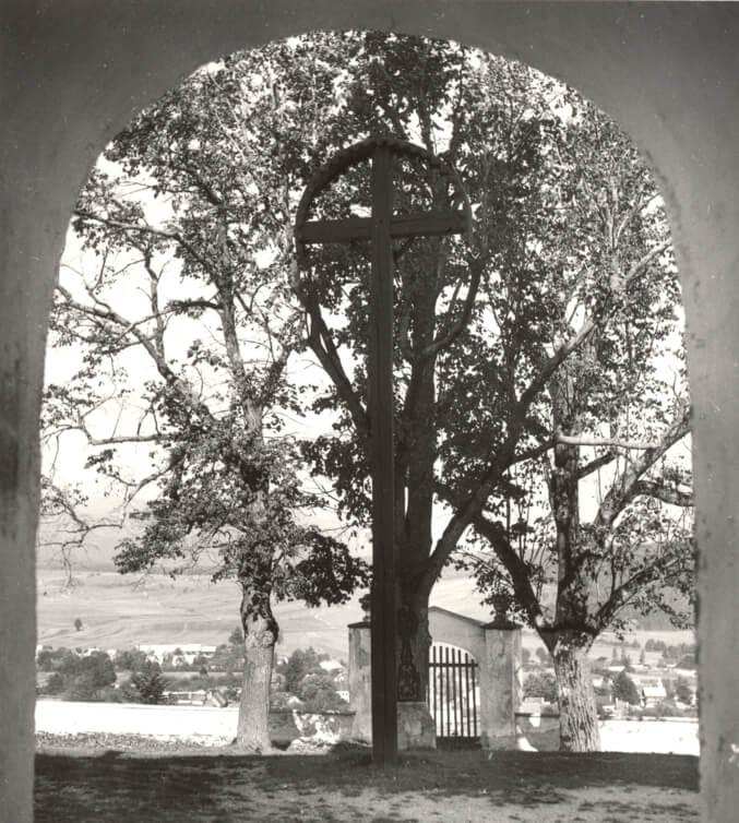 Výhľad z kostola sv. Kríža na obec