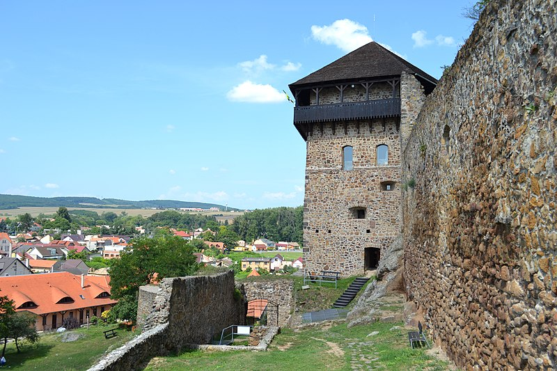 Bebekova bašta Fiľakovského hradu