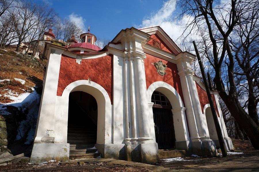 Stredný kostol kalvárie