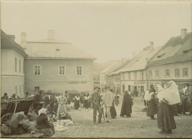 Kremnica v minulosti – pohľad na súčasnú pešiu zónu