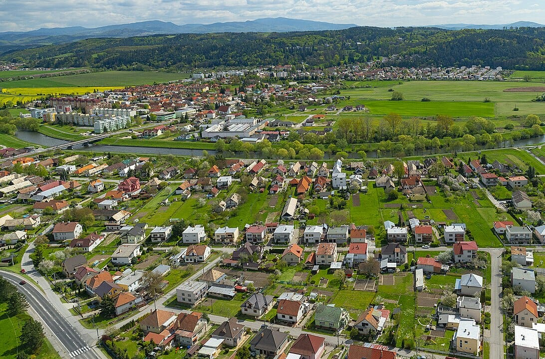 Pohľad z horana mesto Sliač