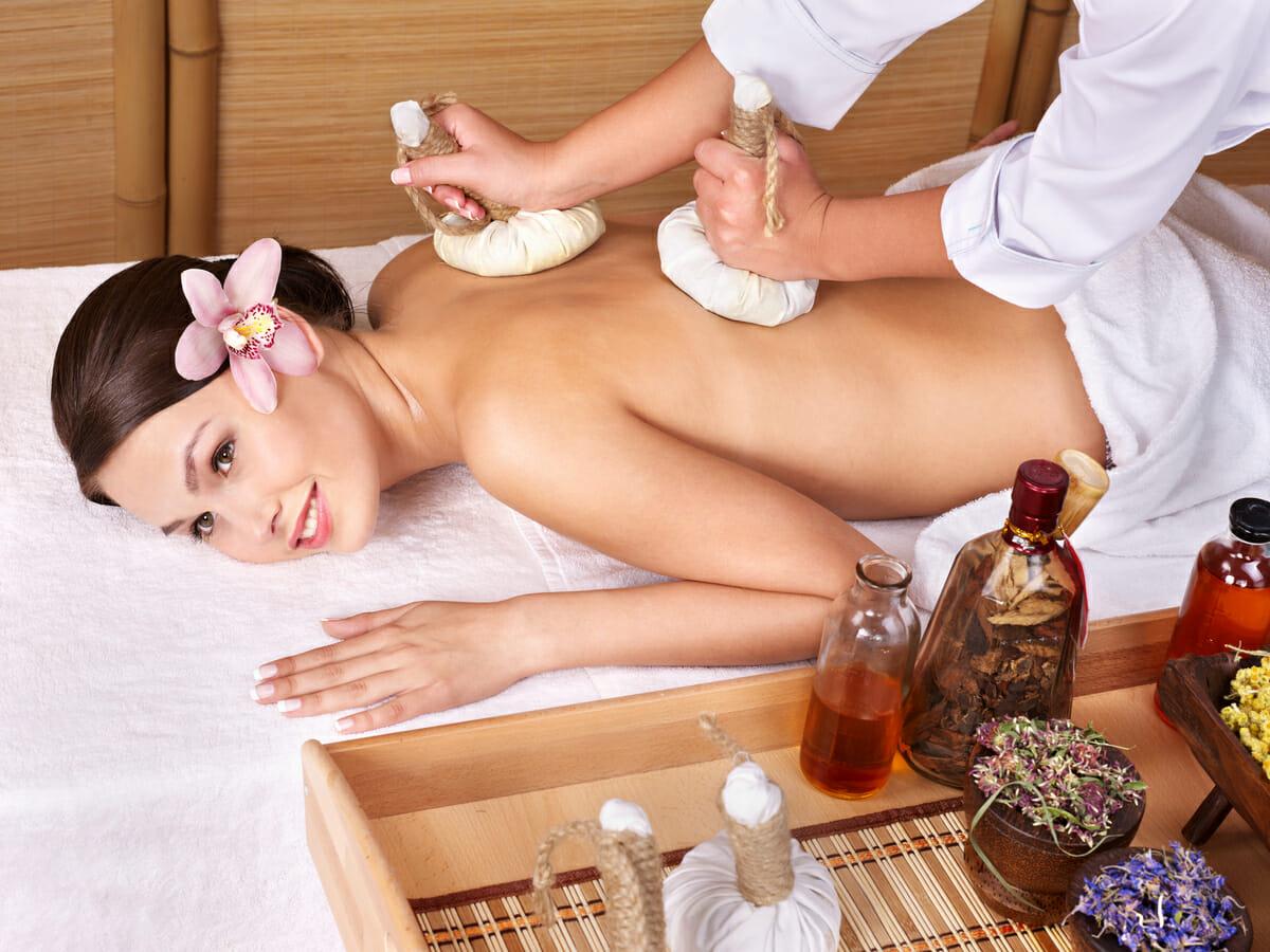 Ilustsračný obrázok - ajurvédska masáž