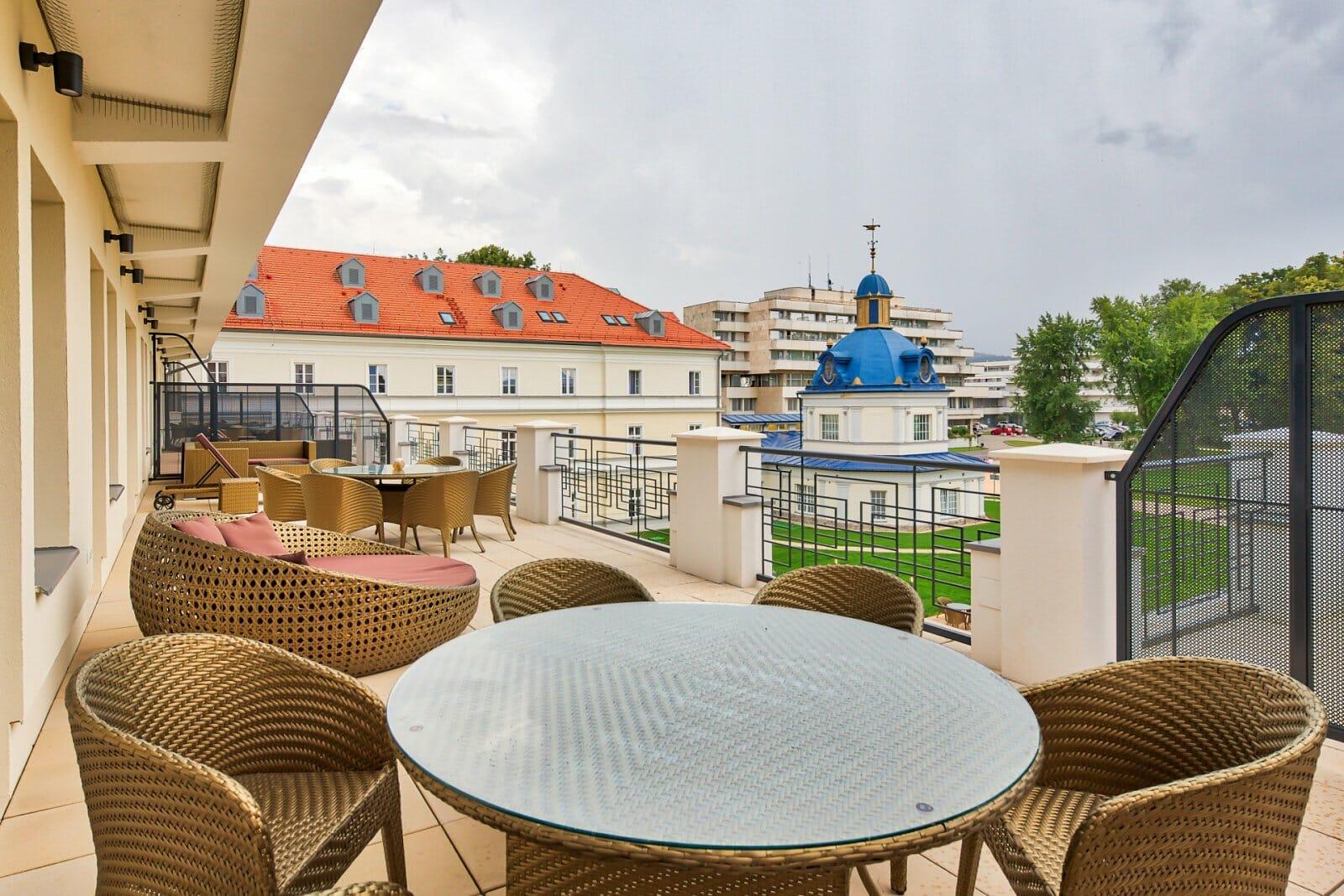 Výhľad z apartmánu Royal Elisabeth, Royal Palace