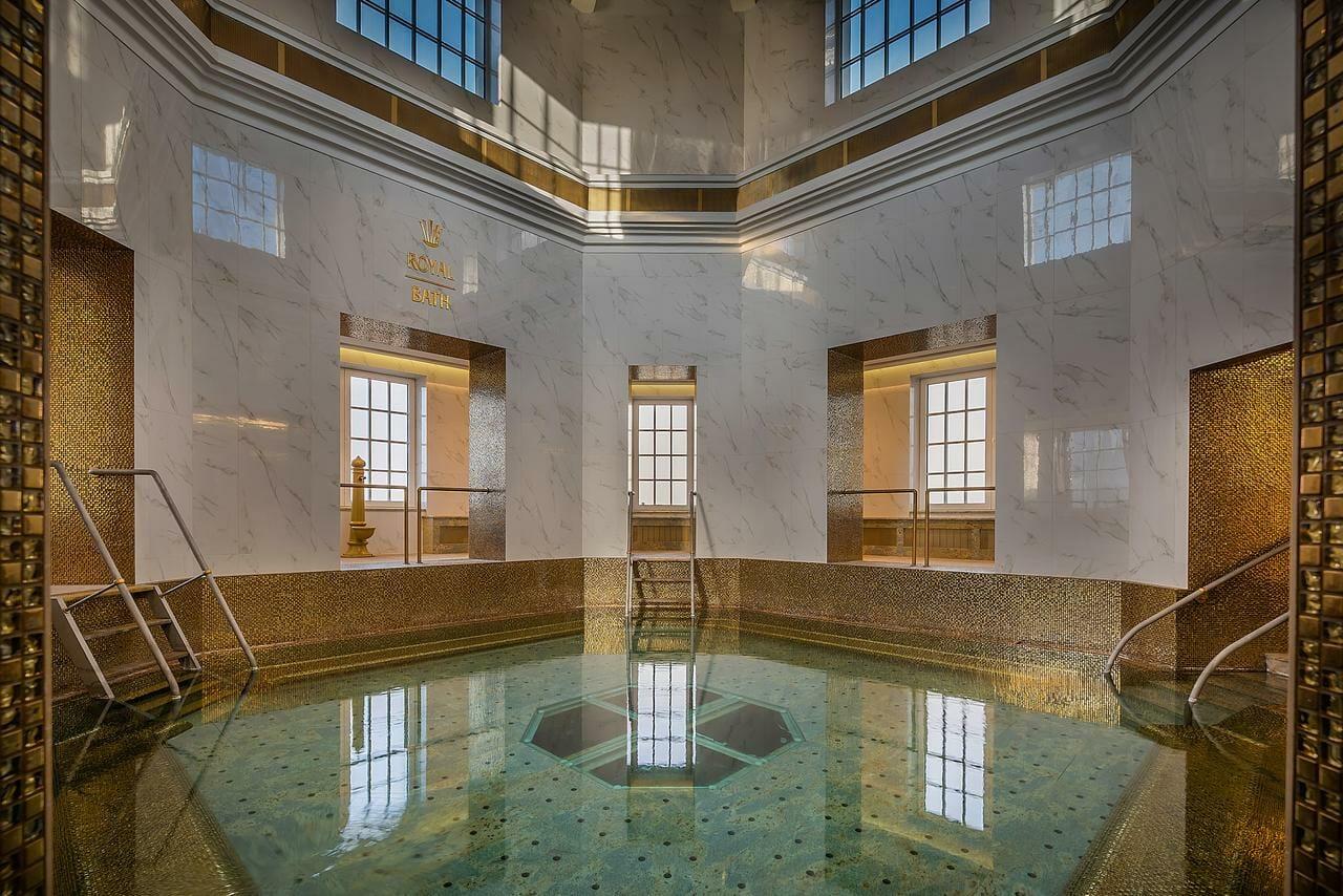 Royal Bath, Modrý kúpeľ