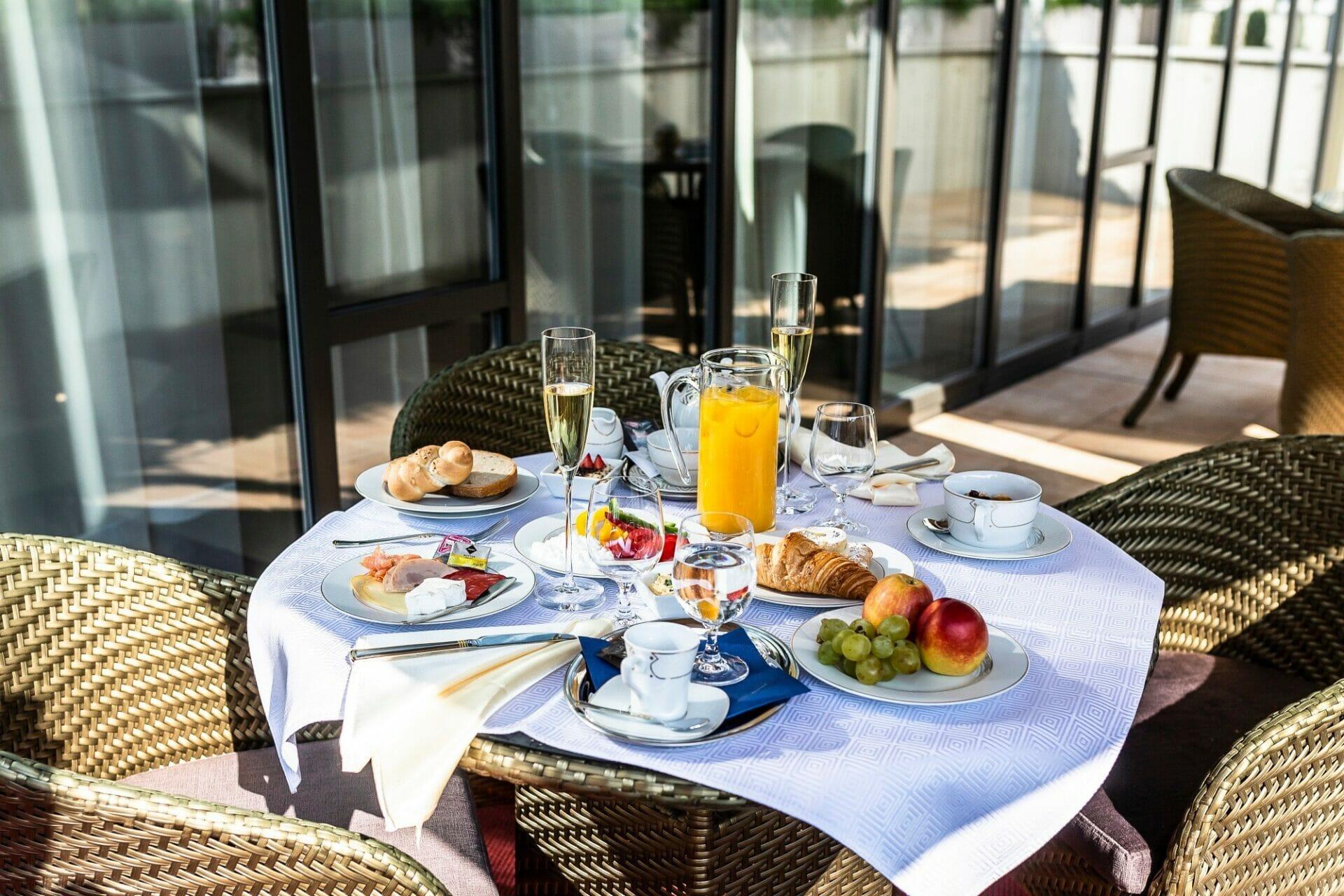 Raňajky v hoteli Royal Palace