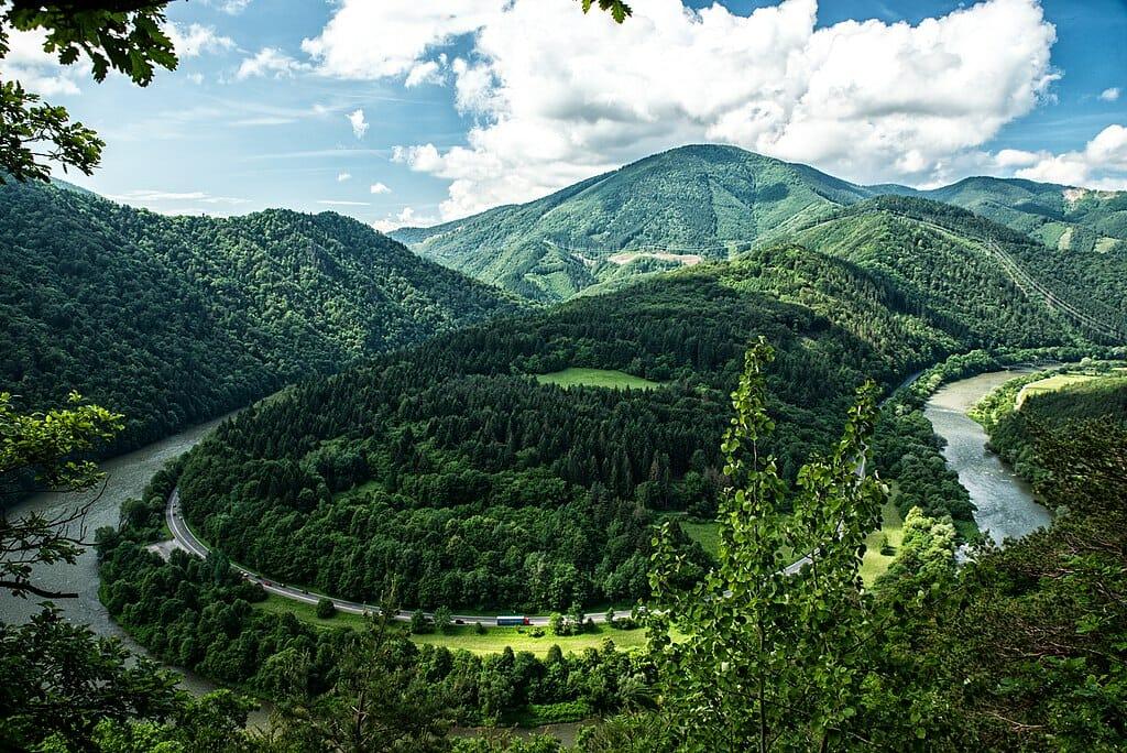 Domašínsky meander Váhu