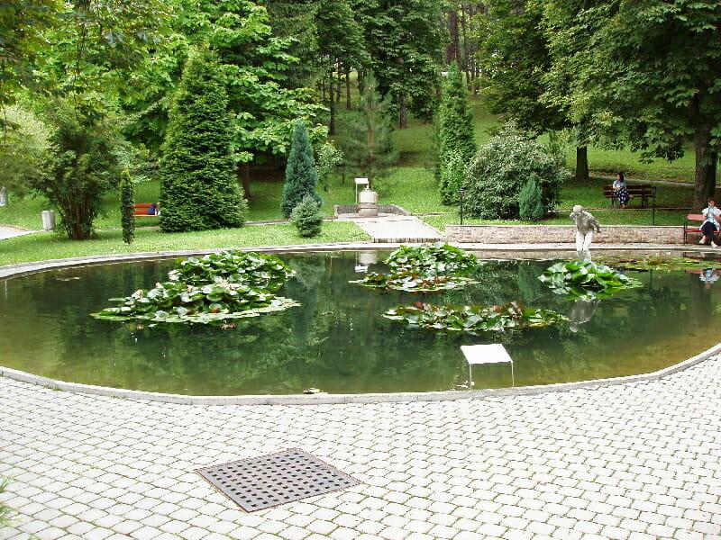 Jazierko v kúpeľnom parku Bojnice