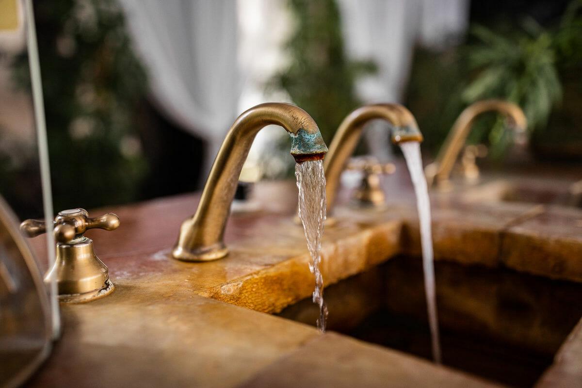 Pramene v exteriéri Bardejovských kúpeľov
