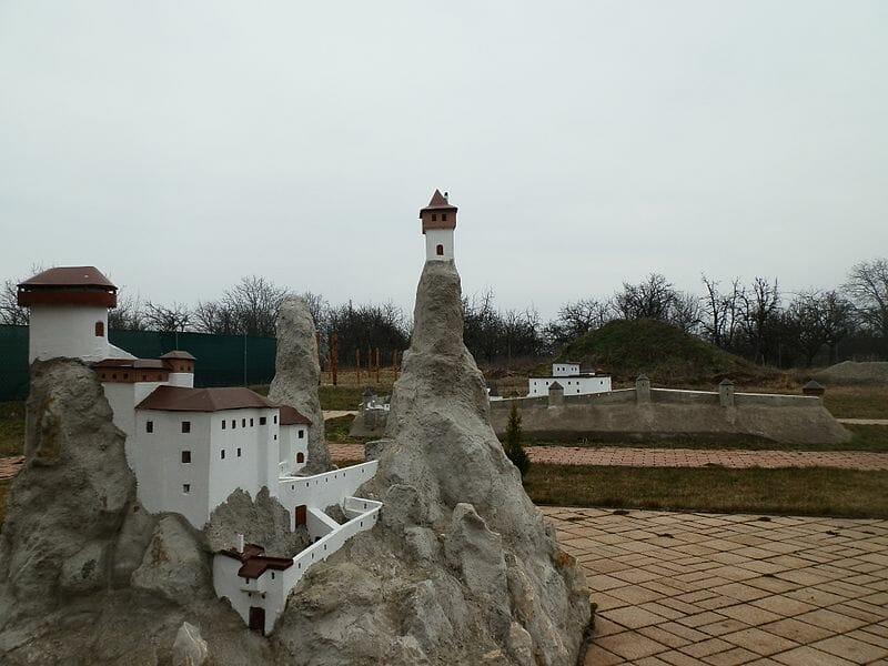 Park miniatúr v obci Podolie
