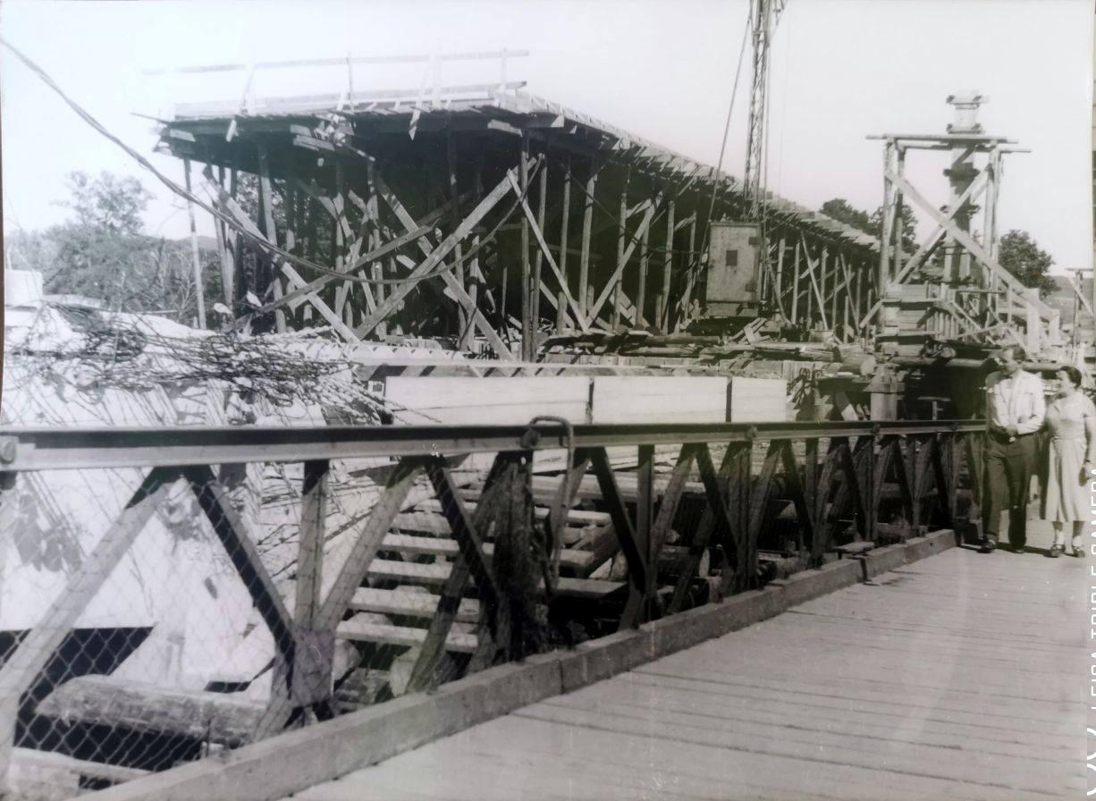 Rekonštrukcia Kolonádového mosta po vojne