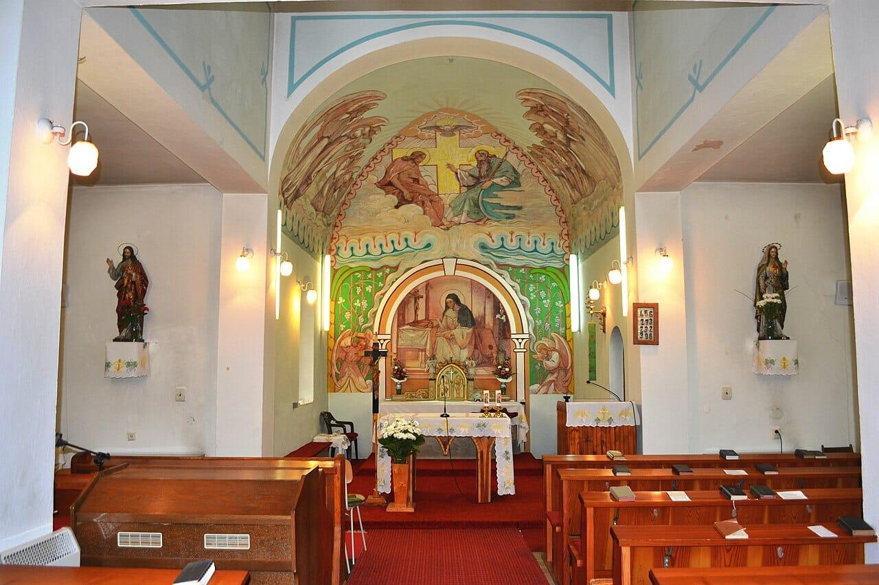 Interiér Kaplnky sv.Hildegardy v Sliači