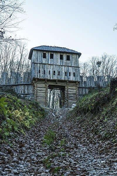 Slovanské hradisko Valy Bojná