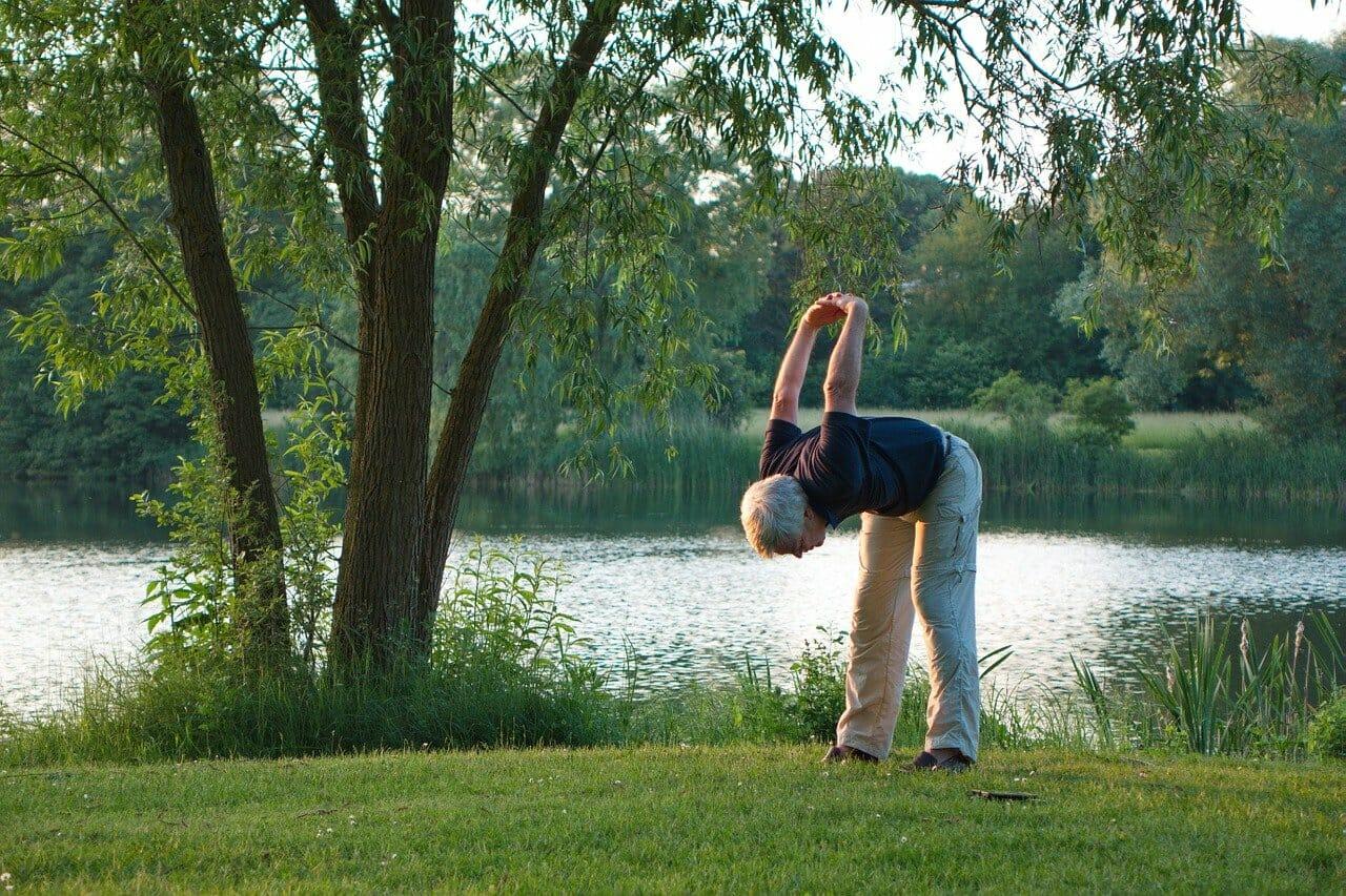 Jogové cvičenia dokážu udržať seniorov v skvelej psychickej a fyzickej kondícii.