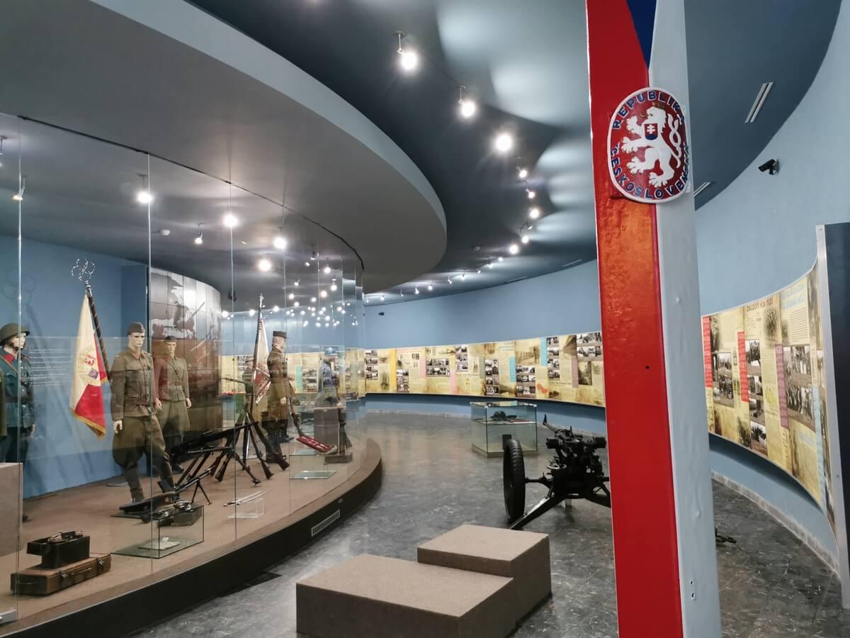 Expozícia Vojenského múzea vo Svidniku – vojenské dejiny medzi rokmi 1914-1945