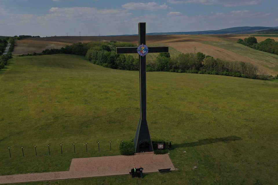 Pohľad z výšky na Miléniový kríž