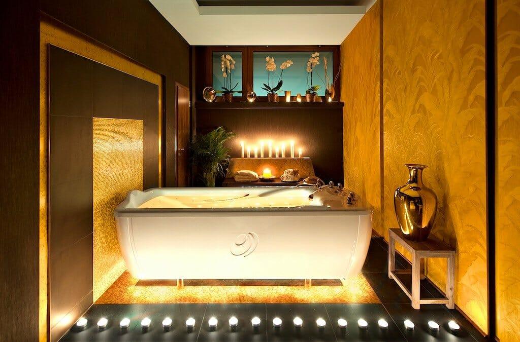 Zlatý kúpeľ v Kúpeľoch Turčianske Teplice