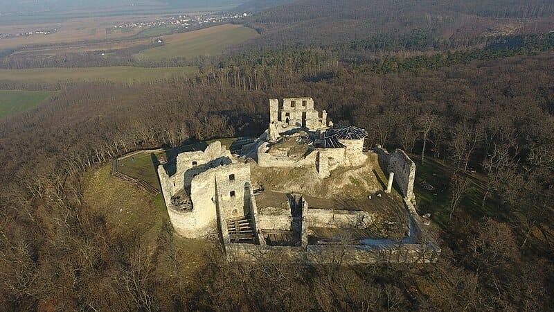 Zrúcanina Oponického hradu