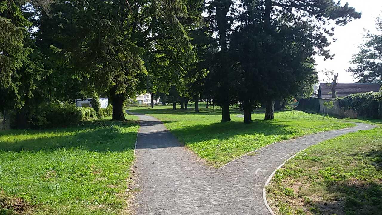 Pálfyho park v Smoleniciach