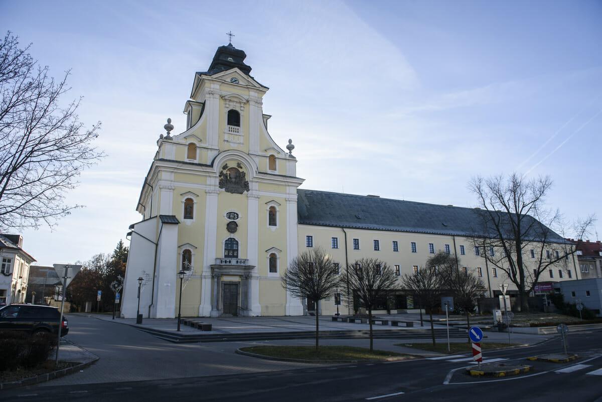 Piaristický kostol v Prievidzi
