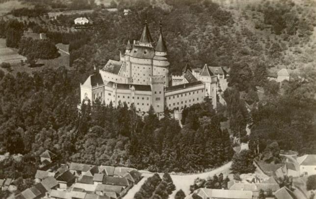 Bojnický zámok v roku 1939 – historická fotografia