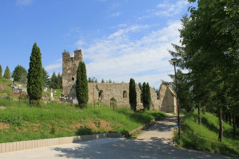 Gotický kostol sv Heleny