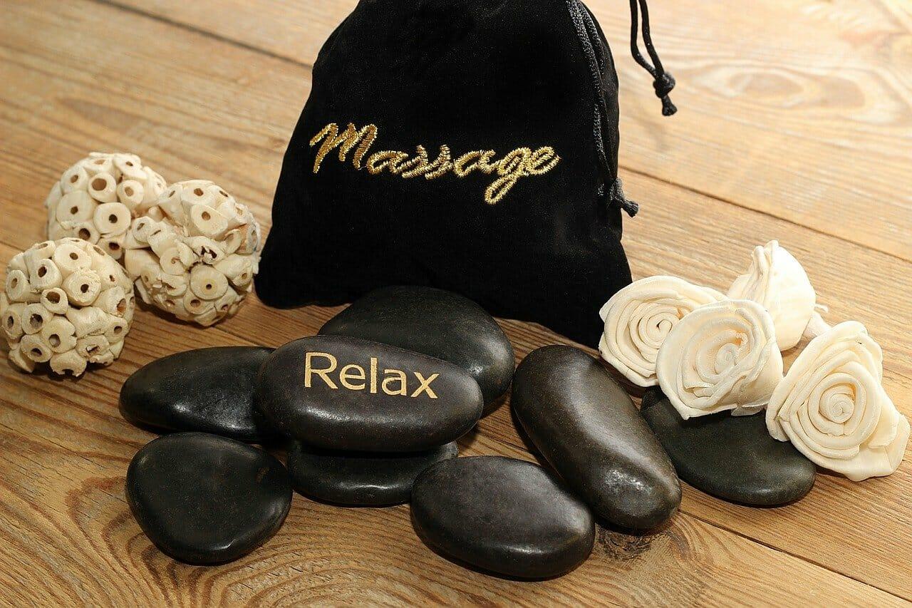 relax masáž kamene - ilustračný