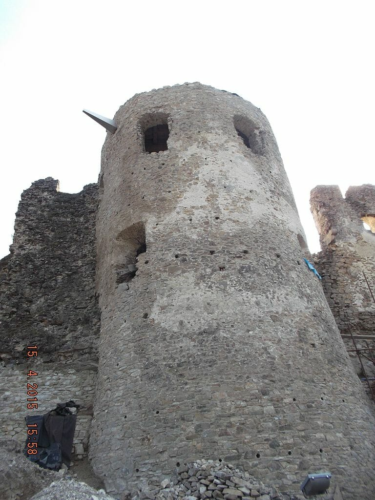 Veža Považského hradu