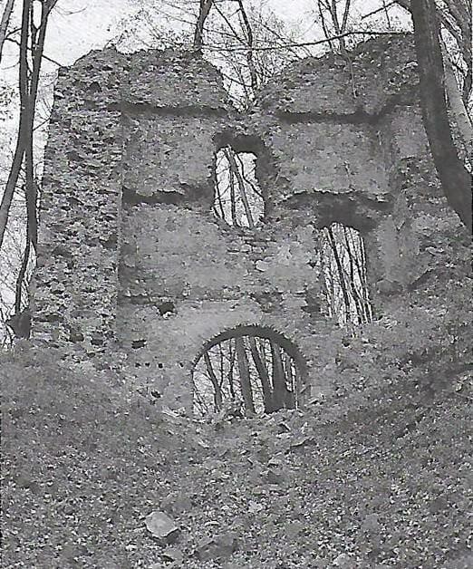 Historický záber Pustého hradu