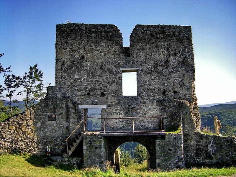 Brána opevnenia hradu