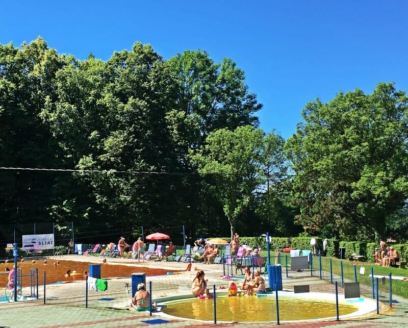 Detský bazén v letnom termálnom kúpalisku Sliač
