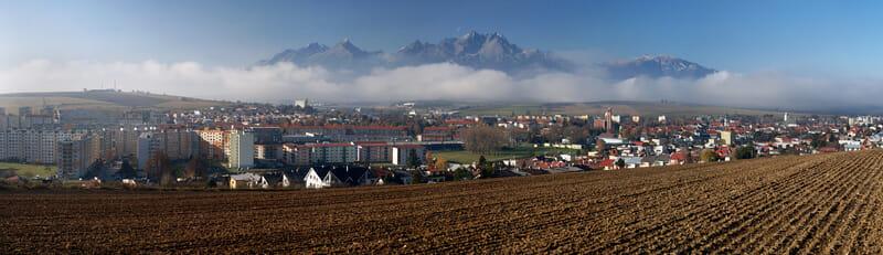 Panoráma Kežmarku a Vysokých Tatier