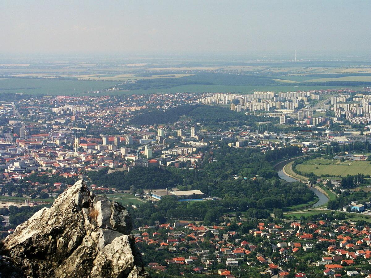 Mesto Nitra z vrchu Zobor