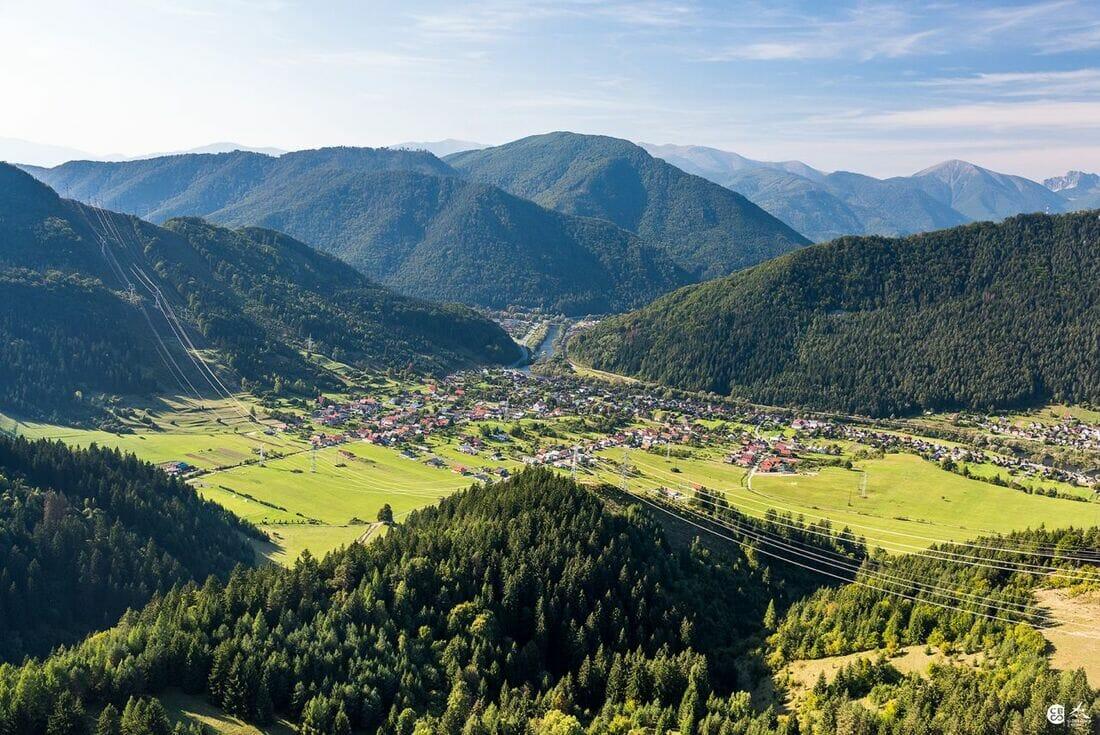 Letecký pohľad na obec Hubovú