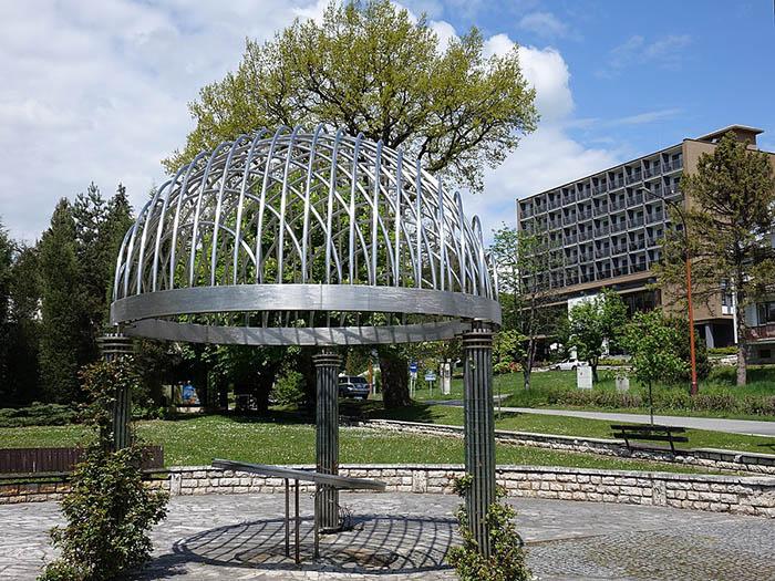 Bardejovské Kúpele – altánok v kúpeľnom parku