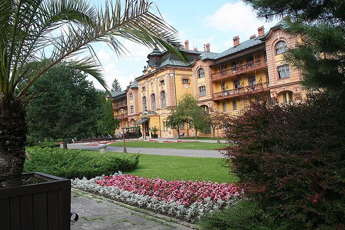 Hotel Astória – park