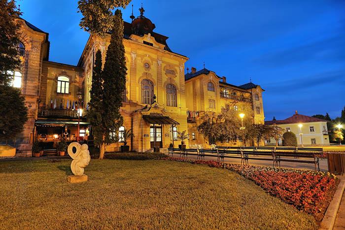 Hotel Astória v Bardejovských Kúpeľoch
