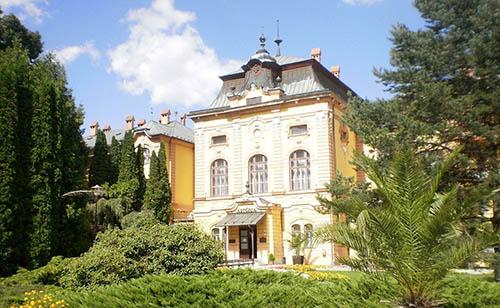 Park pri liečebnom dome Astória